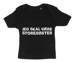 Baby t-shirt jeg skal vaere storesoester sort