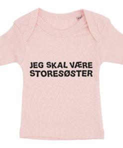 Baby t-shirt jeg skal vaere storesoester lyseroed