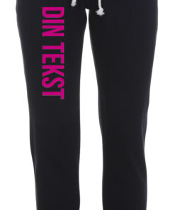 Joggingbukser med din tekst pink skrift blaa