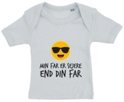 baby t-shirt min far er sejere end din far blaa