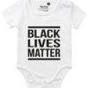 oekologisk baby bodystocking black lives matter hvid