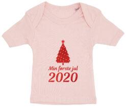 baby t-shirt min foerste jul 2020 lyseroed