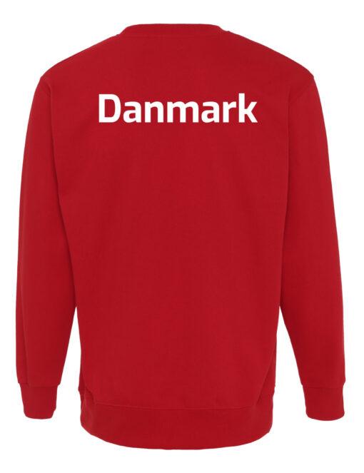 Crewneek Roed med hvid tekst Danmark scaled e1621944384494