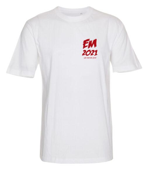 T shirts Hvid med Roed tekst EM2021 lille 1 scaled e1622098943564