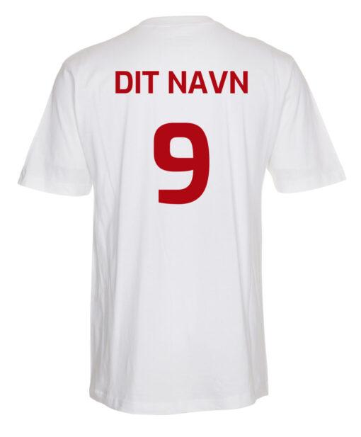 T shirts Hvid med roed tekst Dit Navn scaled e1622098767699