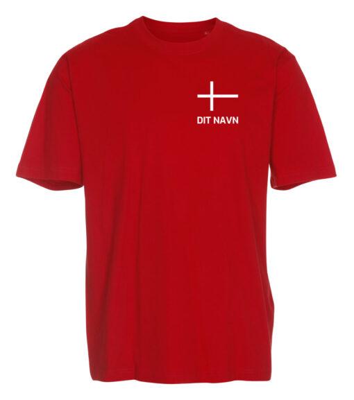 T shirts Roed med hvid tekst Dit Navn 1 scaled e1622099621953